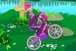 Играть бесплатно в Путешествия Барби