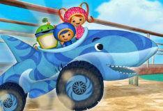 Игра Гонка на акуломобиле