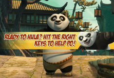 Панда По крутит обруч