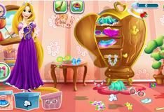 Игра Рапунцель прибирает в своей спальне
