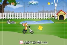 Джерри на велосипеде