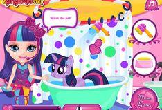 Игра Май Литл Пони: Малышка Барби ухаживает за пони