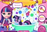 Играть бесплатно в Игра Малышка Барби ухаживает за пони