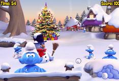Смурфики играют в снежки