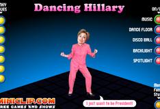 Хиллари танцует