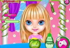 Игра Малышка Барби в салоне Фей