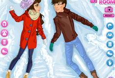 Игра Парень и девушка играют в снежки