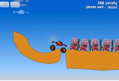 Тор управляет грузовиком